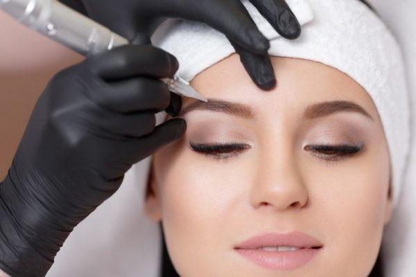 COSMETIC EYEBROW TATTOOING